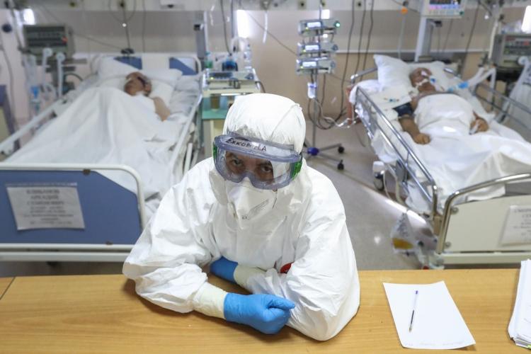 в больнице из-за коронавируса не осталось мест