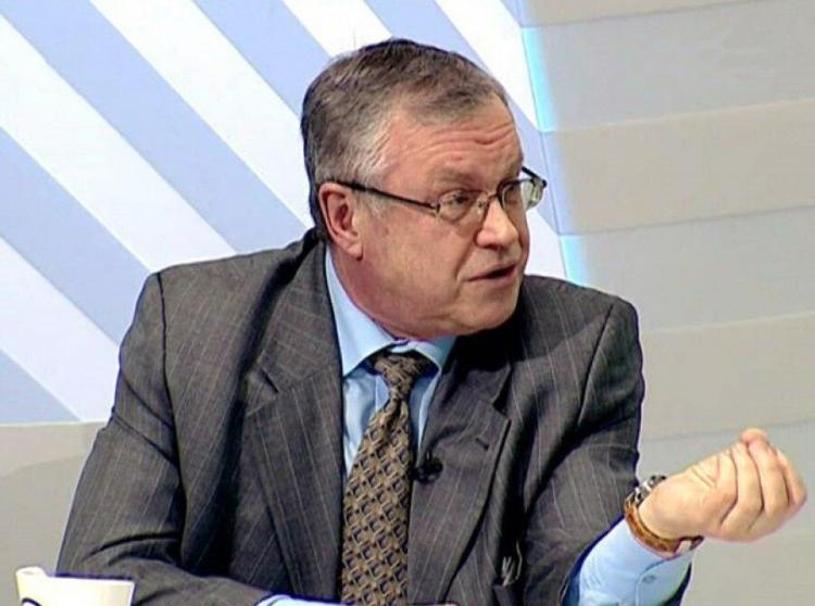 врач Н. Малышев