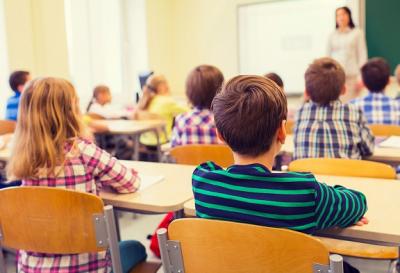 Роспотребнадзор: ситуация с ковидом в школах остается стабильной