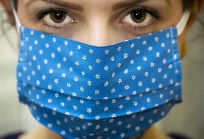 Инфекционисты признали неэффективность тканевых масок от ковида